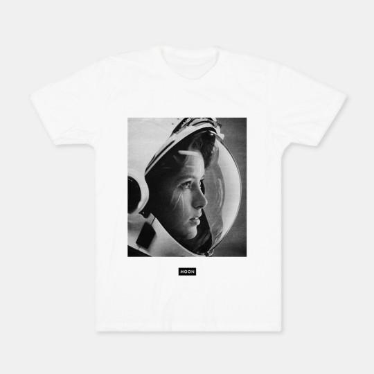 Moon-Collective-astronaut-babe